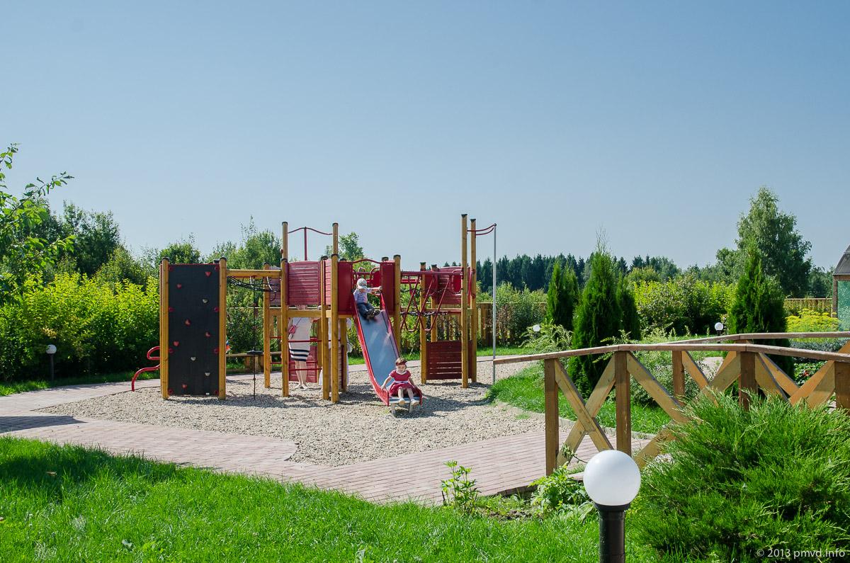 Детская площадка. Абрамцево