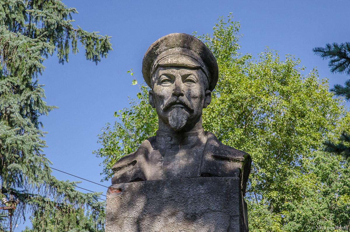 Хотьково. Монумент Дзержинскому
