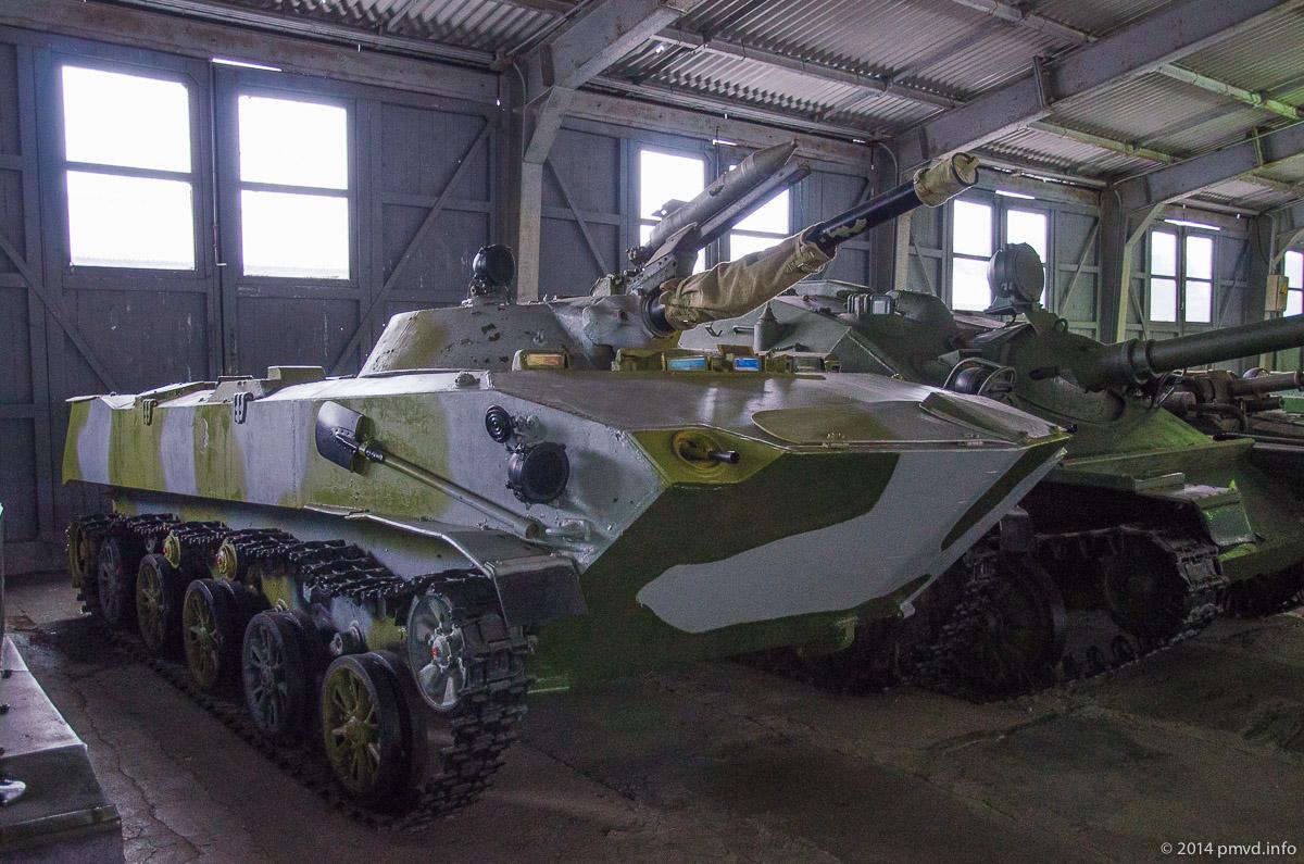 БМД в танковом музее в Кубинке