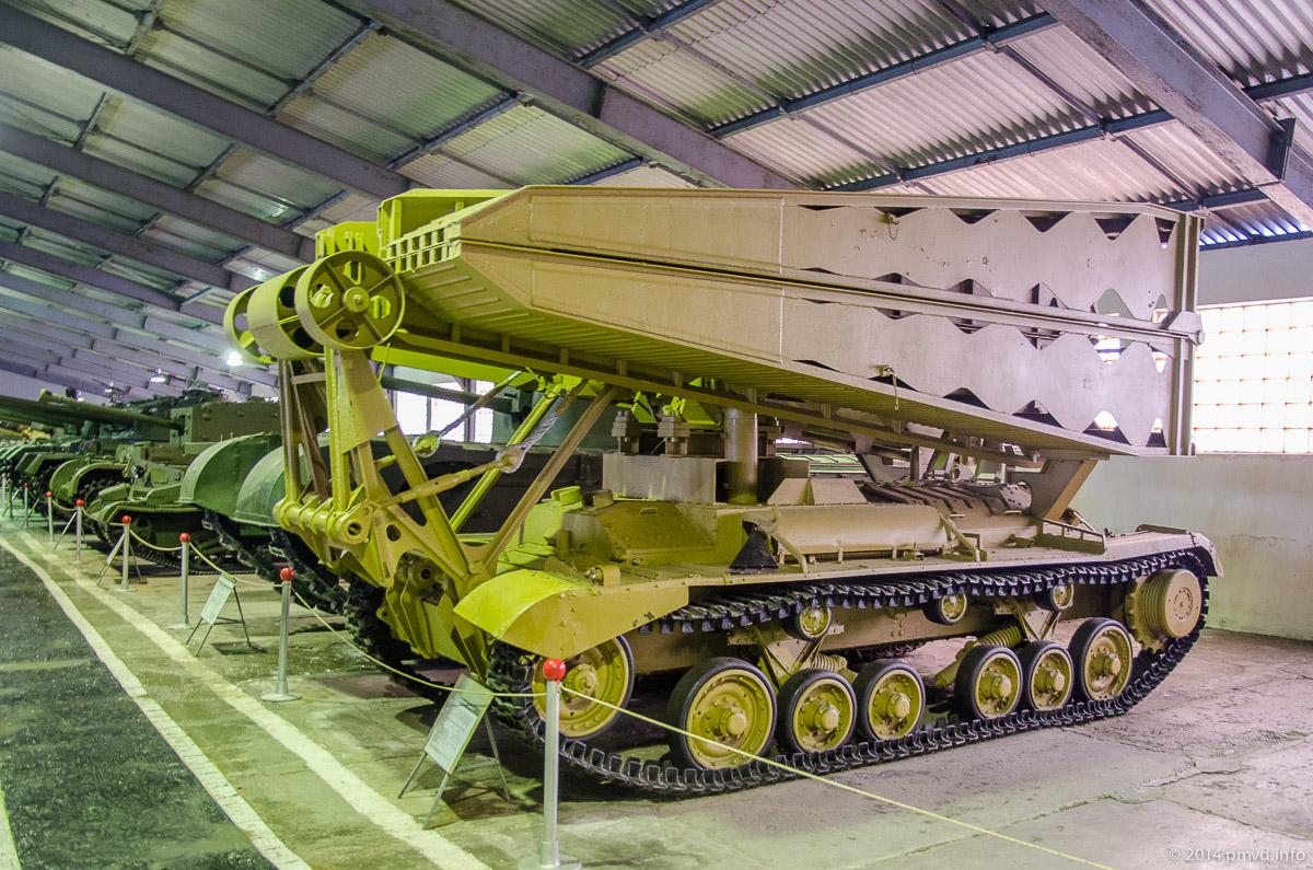 Мостоукладчик на базе Valentine 2 в танковом музее в Кубинке