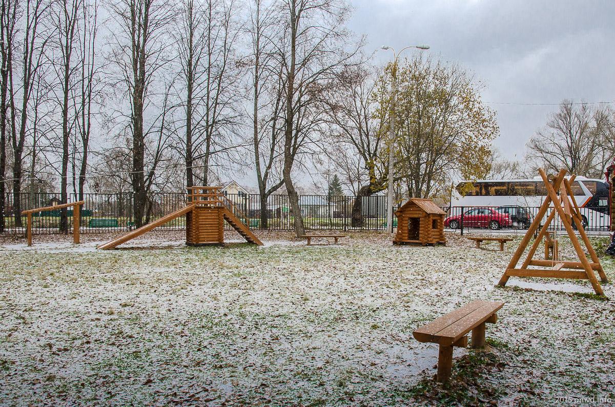 детская площадка в Мелихово