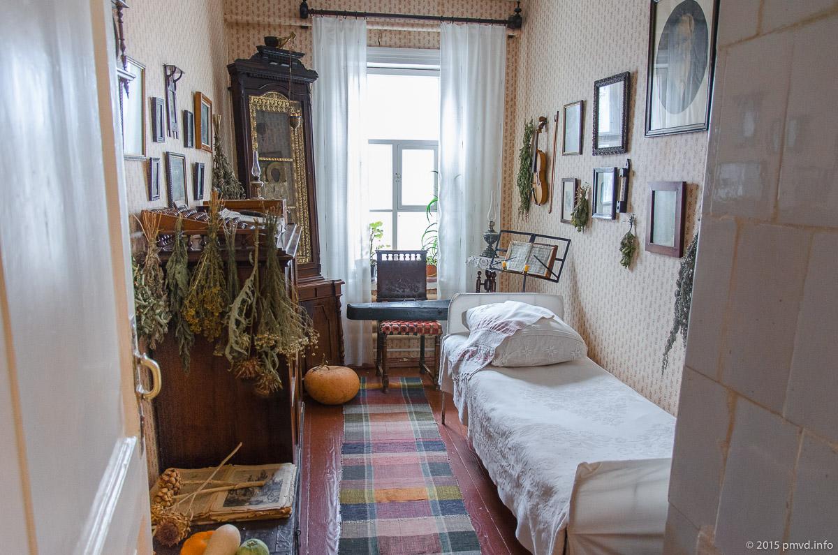 Спальня отца Чехова в Мелихово