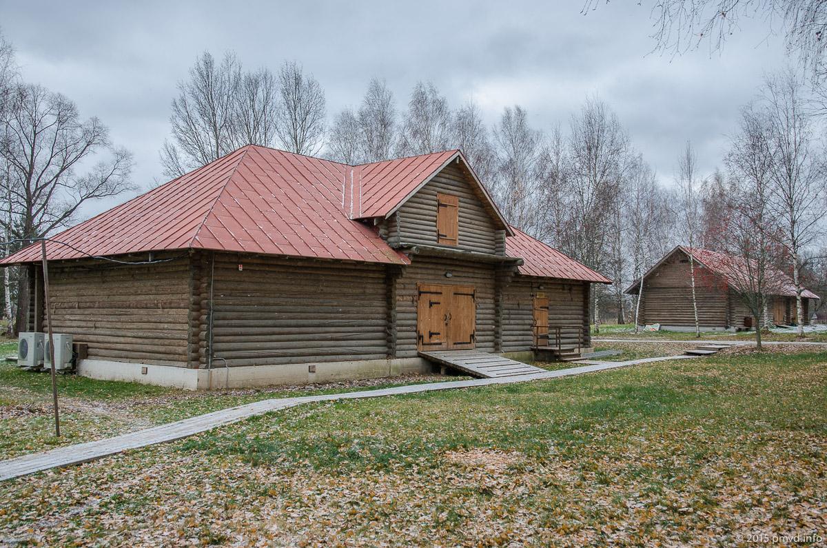 Театральный двор в Мелихово