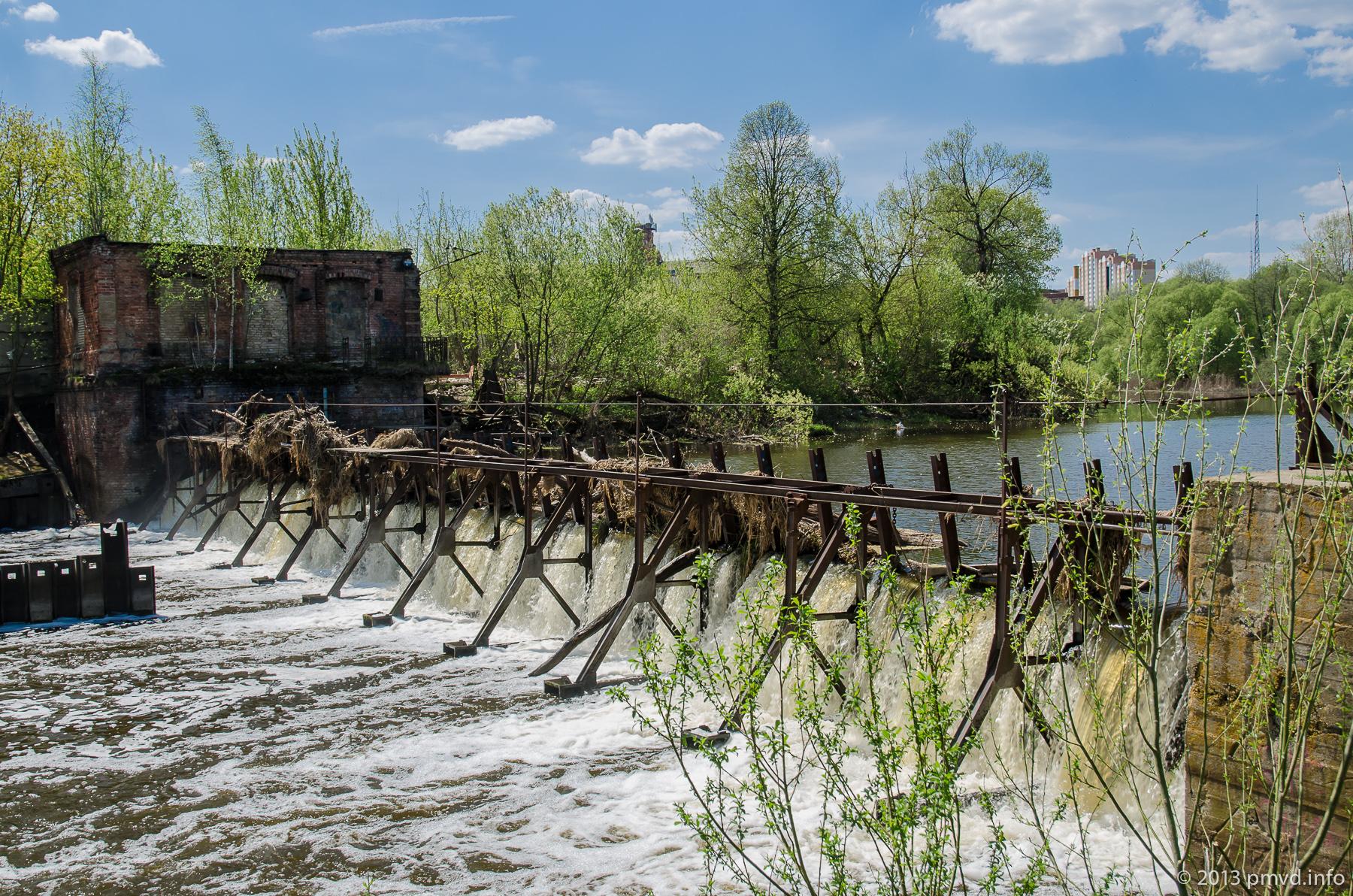 Плотина Наро-Фоминского шёлкокомбината.