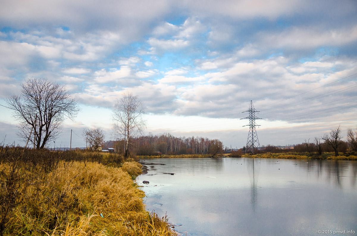 Пруд на реке Медвенке в Перхушково