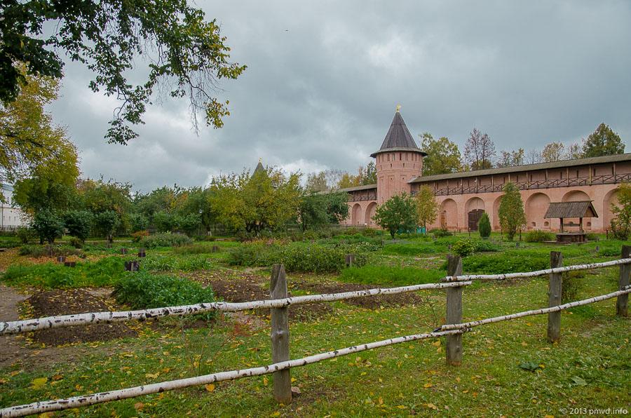 Суздаль. Спасо-Евфимиеский монастырь. Аптекарский огород