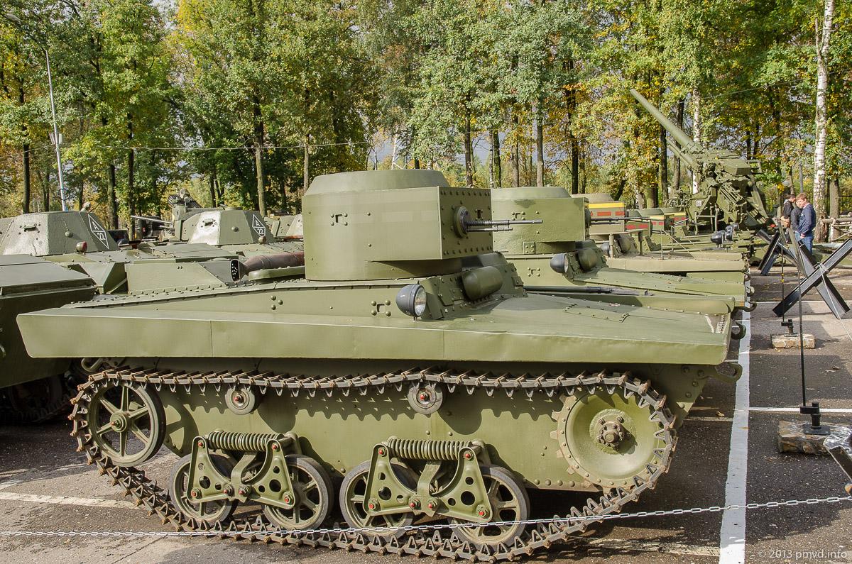 Плавающие танки Т-37А и Т-38 в Музее Техники Вадима Задорожного