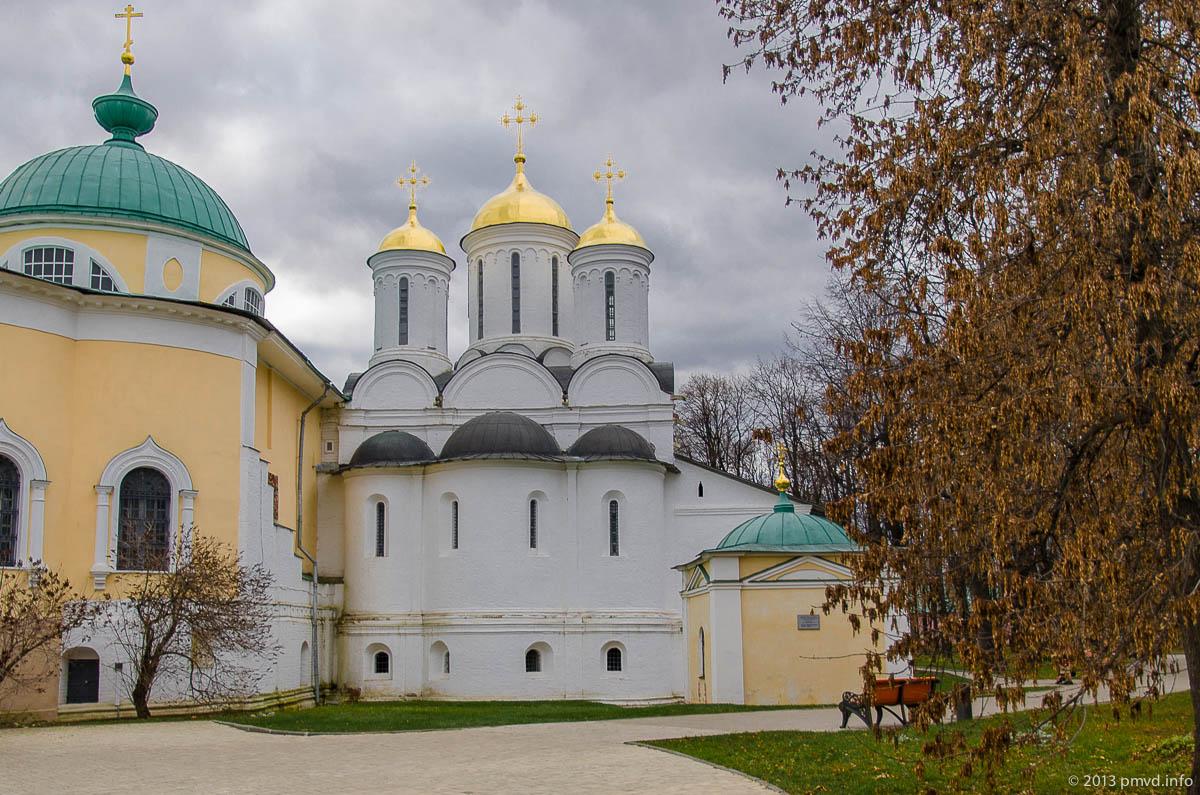 Ярославль. Южная стена Спасо-Преображенский собор.