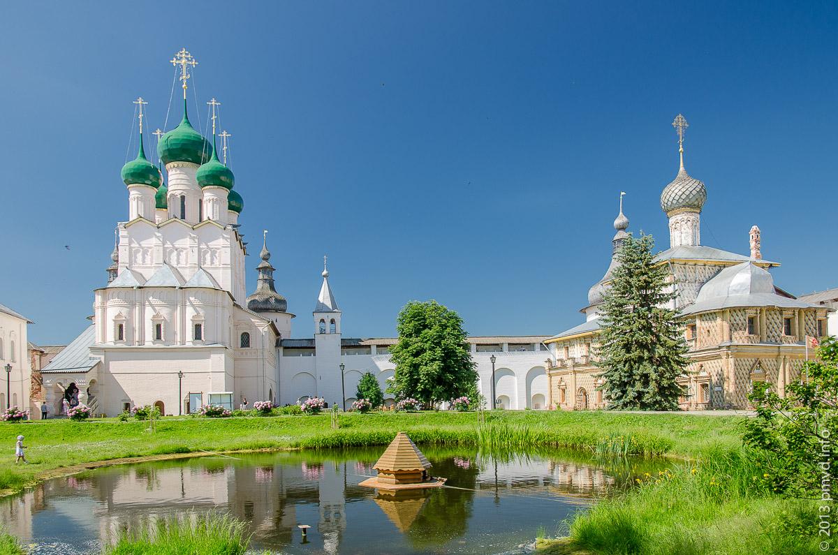 Ростов Великий. Внутри кремля.