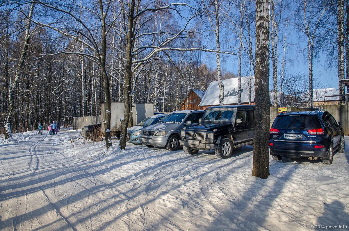 Парковка у Красногорской лыжни