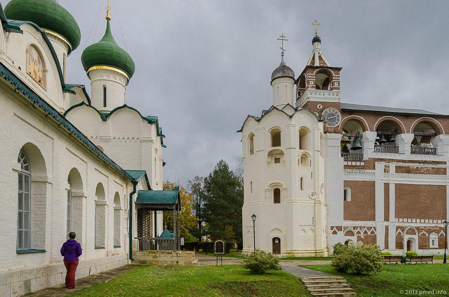 Суздаль. Спасо-Евфимиеский монастырь. Девятигранная столпообразная церковь