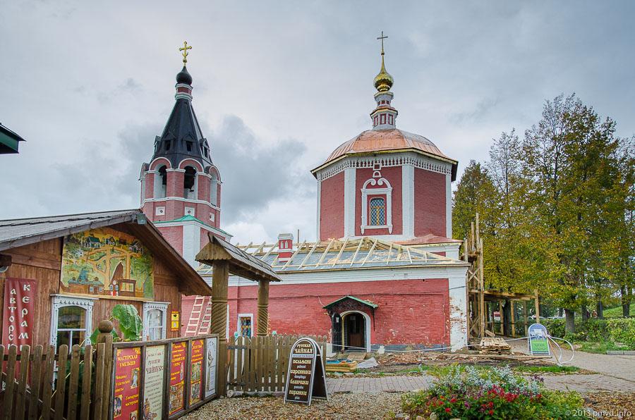 Суздаль. Успенская церковь.