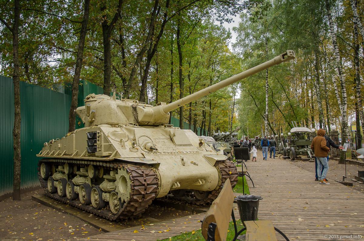 Танк M4 Sherman в Музее Техники Вадима Задорожного